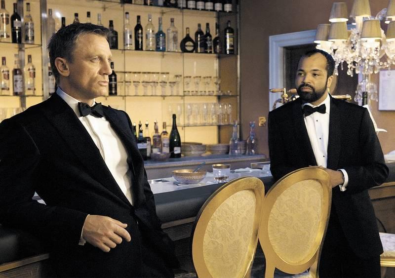 รีวิวเรื่อง CASINO ROYALE (2006)